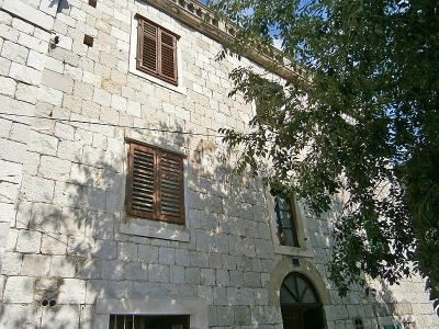 Kastela, Croatia, Old stone house For sale